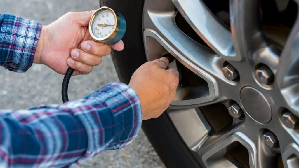 How to check vehicle tire pressure and inflate tires